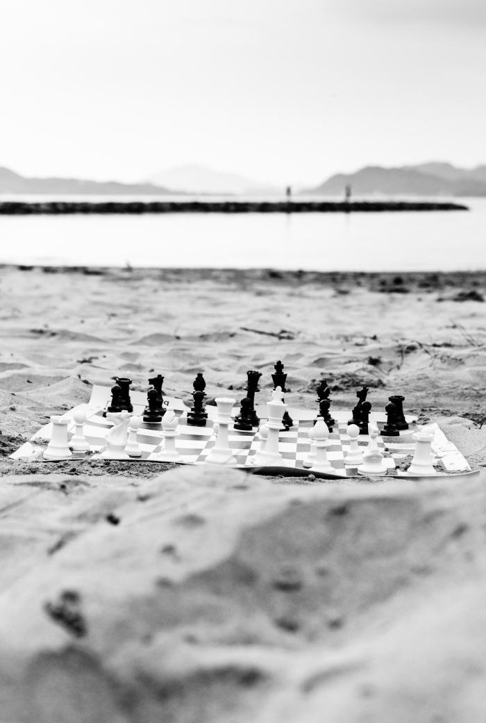 chess-on-the-beach