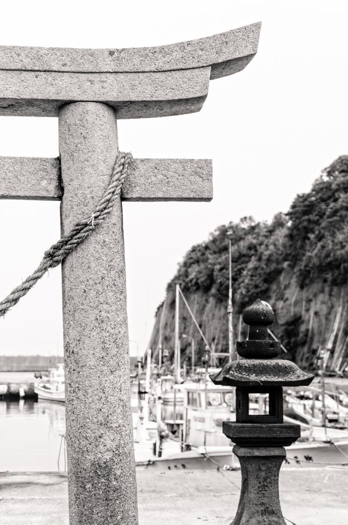 japan-tori-gate